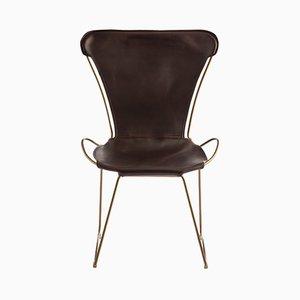HUG Stuhl mit Sitz aus pflanzlich gegerbtem Leder & Gestell aus gehärtetem Messing & Stahl von Jover+Valls