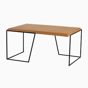Grão #1 Tisch mit Platte aus hellem Kork & schwarzen Beinen von Mendes Macedo für Galula