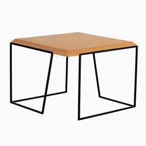 Tavolino da caffè Grão #2 in sughero chiaro con gambe nere di Mendes Macedo per Galula