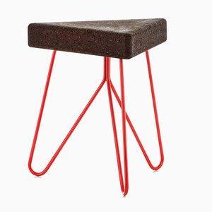 Três Hocker aus dunklem Kork mit roten Beinen von Mendes Macedo für Galula