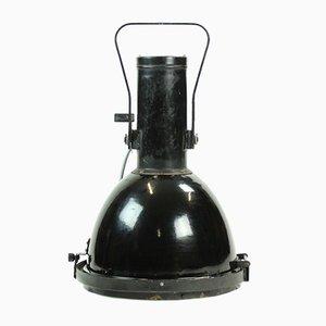 Foco industrial grande negro, años 60
