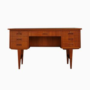 Dänischer Mid-Century Schreibtisch aus Teak