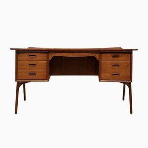 Dänischer Schreibtisch aus Teak von Svend Åge Madsen für Sigurd Hansen, 1950er
