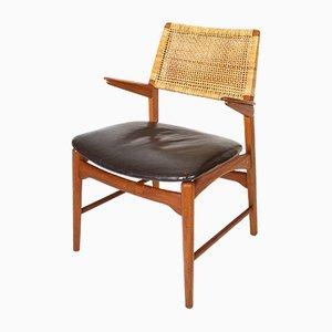Modell 48 Armlehnstuhl aus Teak, Leder & Schilfrohr von E. Knudsen für Jensen & Lykkegaard, 1950er