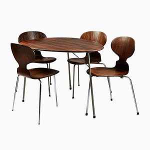 Mesa de comedor con cuatro sillas de Arne Jacobsen para Fritz Hansen, 1965