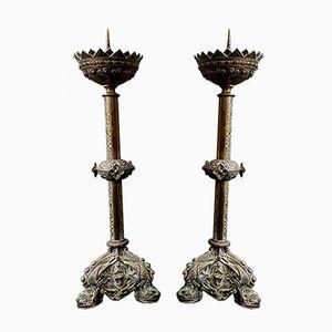 Antike Altar-Kerzenständer aus Messing mit Ornamenten in Engels-Optik, 2er Set
