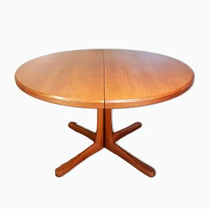 Vintage Extending Dining Table from McIntosh