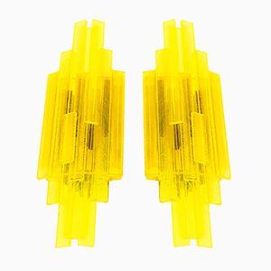Gelbe Wandlampen aus Acrylglas von Claus Bolby für CeBo Industri, 1960er, 2er Set