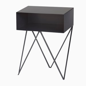 Mesa auxiliar Robot Side Table negra de &New