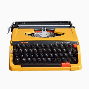Vintage Brother 250 deluxe TR Typewriter