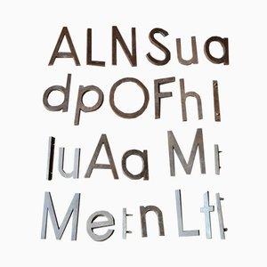 Industrielle Vintage Buchstaben aus Metall