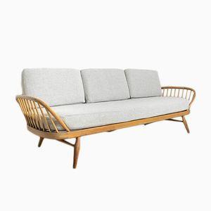 Vintage Studio Couch by Lucian Ercolani for Ercol
