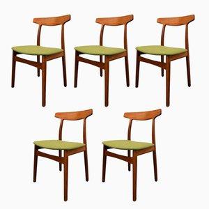 Esszimmerstühle aus Teak von Henning Kjaernulf für Bruno Hansen, 1960er, 5er Set