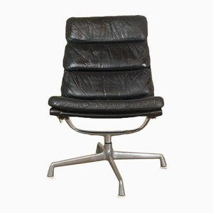 Vintage Black Leather Soft Pad Chair from Herman Miller