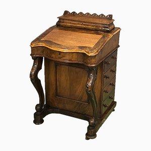 Antiker viktorianischer Davenport aus Nussholz