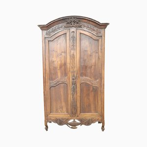Antique French Wardrobe in Solid Walnut, 1770s