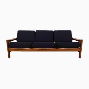 Sofá de tres plazas danés de teca, años 60