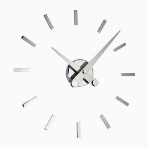 Horloge Puntos Suspensivos i 12ts par Jose Maria Reina pour NOMON