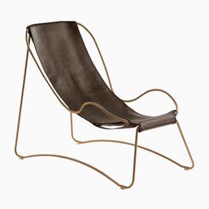 Chaise longue HUG in acciaio invecchiato e pelle marrone di Jover+Valls
