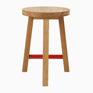 Taburete OS Edition Stool Two redondo de roble de Another Country