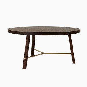 Table Basse Two en Noyer par Another Country