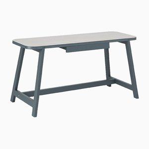 Tavolo da pranzo Three piccolo in faggio laccato grigio di Another Country