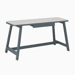 Grau lackierter Desk Three aus Buche von Another Country
