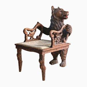 Butaca Black Forest tallada en forma de oso, 1875