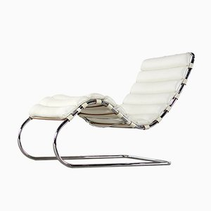 Chaise Lounge 241 LS de Ludwig Mies van der Rohe para Knoll International, años 90
