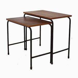 Mesas nido vintage de teca y metal. Juego de 2