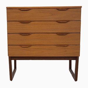 Englische Vintage Kommode von Europe Furniture