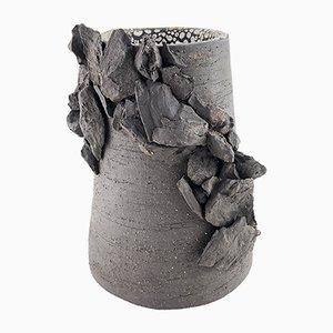 Rock Vase von Helena Lacy, 2018