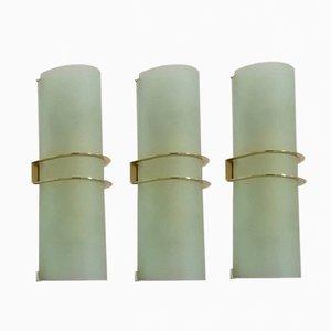 Lámparas de pared italianas de vidrio satinado, años 60. Juego de 3