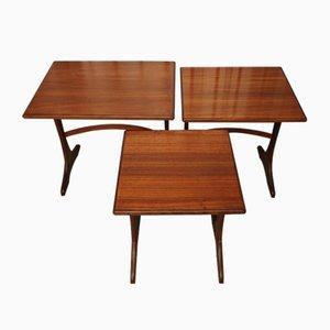 Tavolini ad incastro vintage di Victor Wilkins per G-Plan