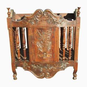 Mueble de panadería antiguo de castaño