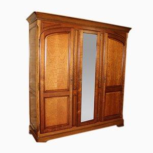 Großer verspiegelter Vintage Kleiderschrank aus Nussholz mit 3 Türen