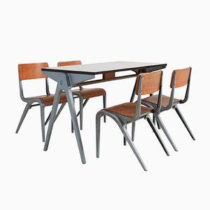 Tavolo industriale con sedie da bambino di James Leonard per Esavian, 1948