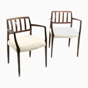 Armlehnstühle mit Gestell aus Teak & Plüschsitz von Niels Otto Møller, 1960er, 2er Set