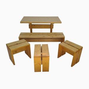 Tavolo con panca e sgabelli di Charlotte Pérriand, anni '70