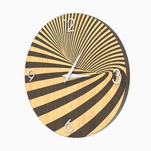 Reloj de pared de roble pintado en marrón claro y oscuro de Lignis