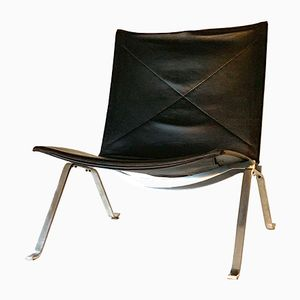 Vintage PK 22 Black Leather Chair by Poul Kjærholm for Fritz Hansen