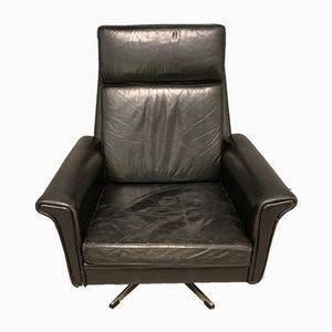 Danish High-Back Swivel Lounge Chair in Black Leather by Georg Thams for Vejen Polstermøbelfabrik, 1960s