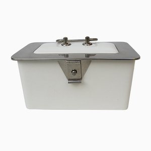 Caja de pastelería Art Déco de metal niquelado y cerámica