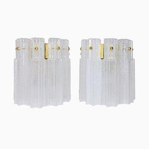 Lámparas de pared de vidrio soplado a mano de Glashütte Limburg, años 60. Juego de 2
