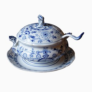 Antique Soup Tureen with Underplate and Ladle from Huttensteinach and Meissen