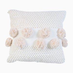 Weißes Pompom Mushroom Kissen von R & U Atelier