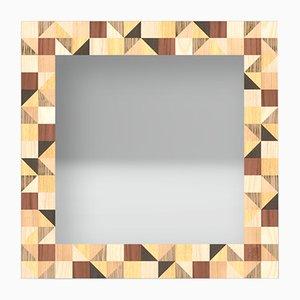 Espejo de pared Dolcevita Triangles con incrustaciones de madera de Lignis