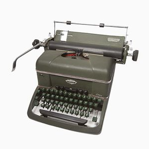 Star Typewriter from Halda, 1955