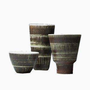 Conjunto de cuenco y dos jarrones texturizados de Hertha Bengtson para Rörstrandm años 50