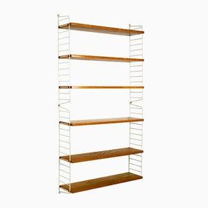 Libreria con strutture bianche e ripiani in quercia di Kajsa & Nils Strinning for String, anni '60